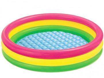 Kleurrijk kinderzwembad